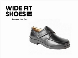https://www.widefitshoes.co.uk/collections/mens-in-wide-safety-boots website